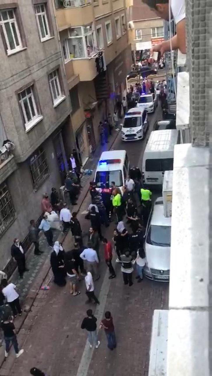 Zeytinburnu'nda büyük kavga! Polis zor ayırdı