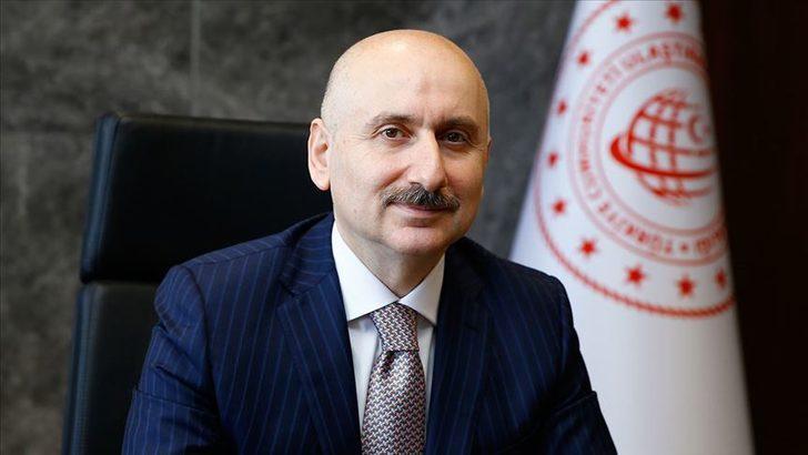 """Bakan Karaismailoğlu mobil uygulama """"Uçuş Rehberim""""in tanıtımında konuştu"""