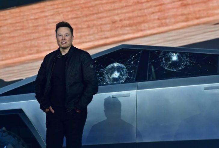 Tesla otonom sürüş özelliği 2020 sonlarında geliyor