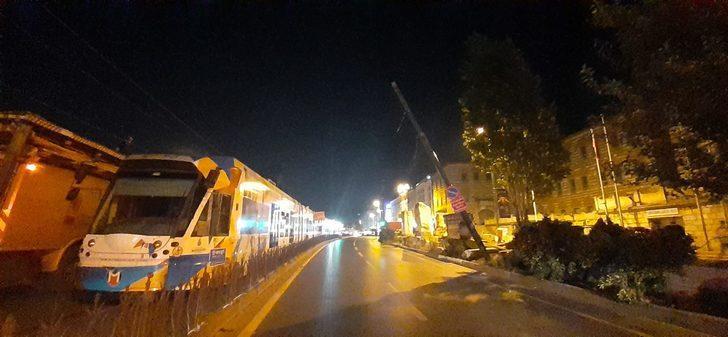 Beyazıt'ta tramvay seferleri durduruldu