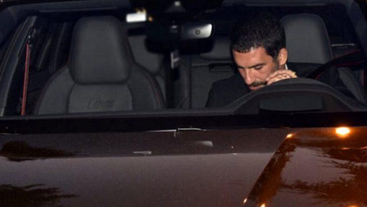 Arda Turan, 10 milyon TL'lik özel yapım arabası ile yakalandı