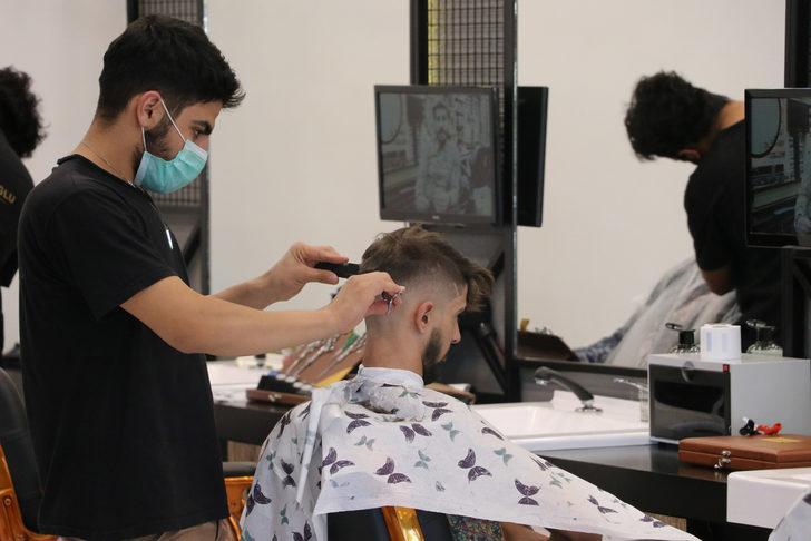 Uzun sakal ve bıyıklılar dikkat! Koronavirüs bulaşma riski daha fazla