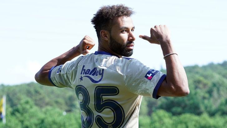 Fenerbahçe'de Nazım Sangare ilk 11'de başlayabilir