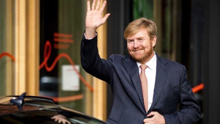Hollanda'da koronavirüs uyarılarını dikkate almayan Kral, halkın tepkisi üzerine tatilini yarıda kesti