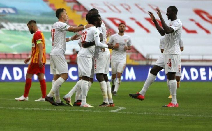 ÖZET   Kayserispor 1-3 Sivasspor