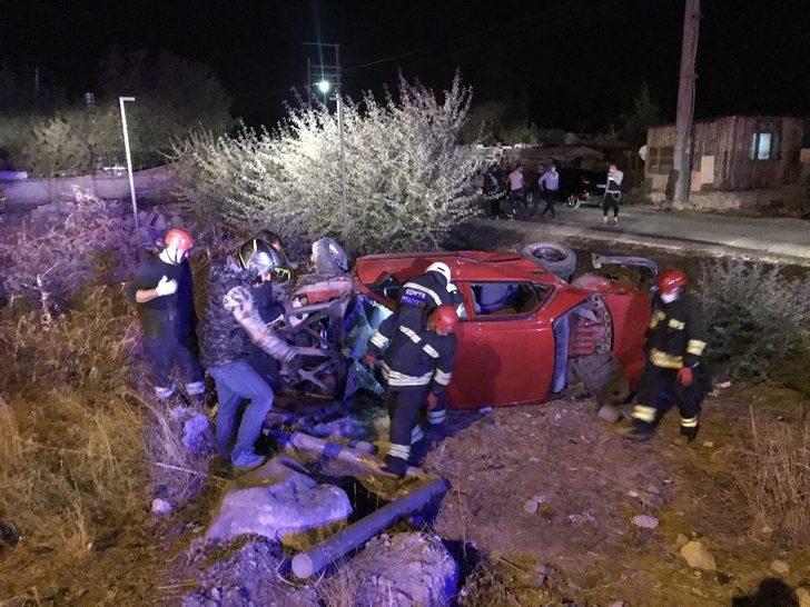 Konya'da 2 otomobil çarpıştı: Çok sayıda yaralı var