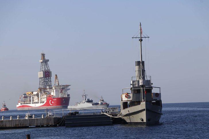 Sondaj gemisi 'Kanuni', Çanakkale Boğazı'nı geçti