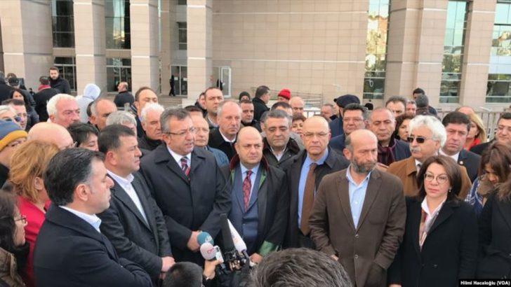 Berberoğlu'nun Vekilliği İçin Gözler 15. Ağır Ceza Mahkemesi'nde