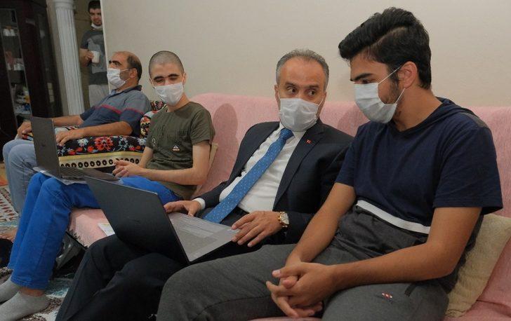 Bursa'da öğrencilere eğitimde uzakları yakın eden destek