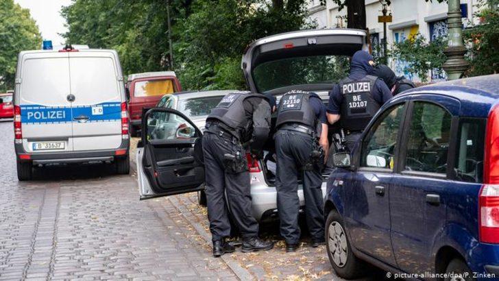 Berlin'de korona yardımlarında usülsüzlük şüphesiyle camide arama