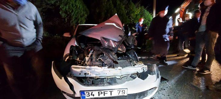 Kocaeli'de feci kaza! Hurdaya dönen araçtan sağ kurtuldu