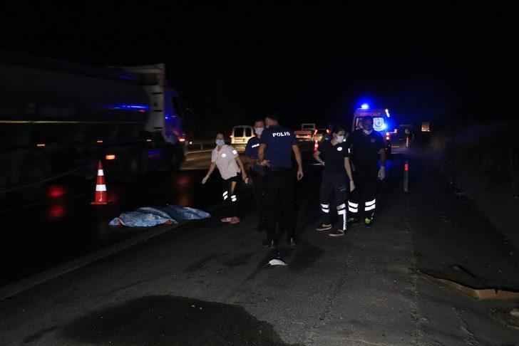 Adana'da korkunç kaza! Üstünden çok sayıda araç geçti