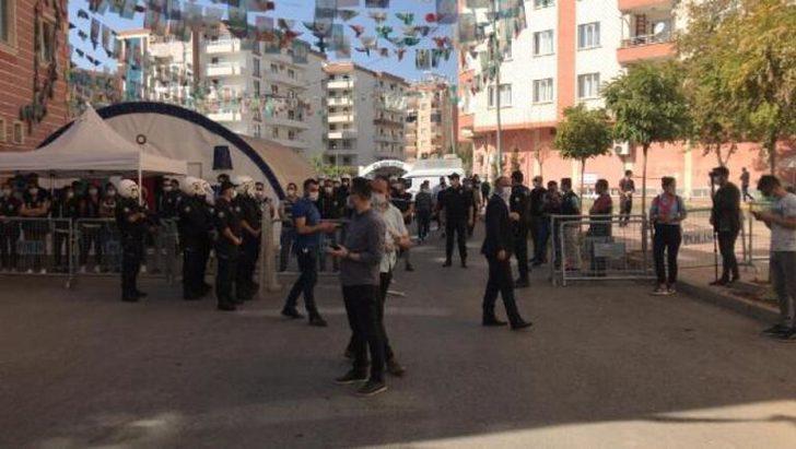 Diyarbakır'da HDP il binasına polis baskını