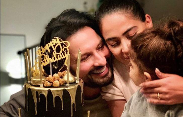 Tarkan'dan eşi Pınar ve kızı Liya'yla doğum günü paylaşımı