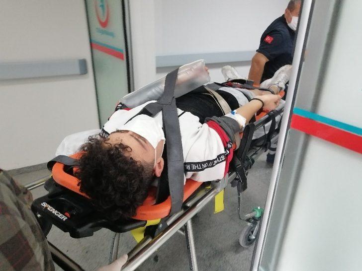 Duvarda denge yürüyüşü yapan çocuk düşerek yaralandı