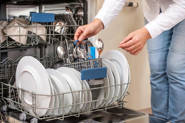 Bulaşık makinesinde asla yıkamamanız gereken 6 şey