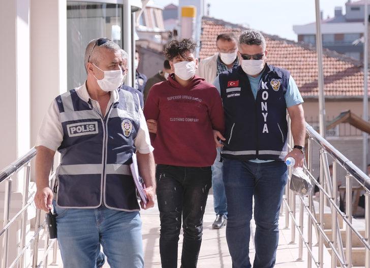 Otostop yapan cinayet zanlısı 'Adana'ya gideceğini' zannedip, sivil polis aracına bindi