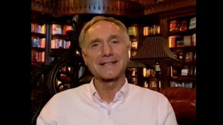 Dan Brown: Dünyada en sevdiğim şehir İstanbul! Dünyaca ünlü yazar Dan Brown kimdir? Dan Brown kitapları nelerdir?