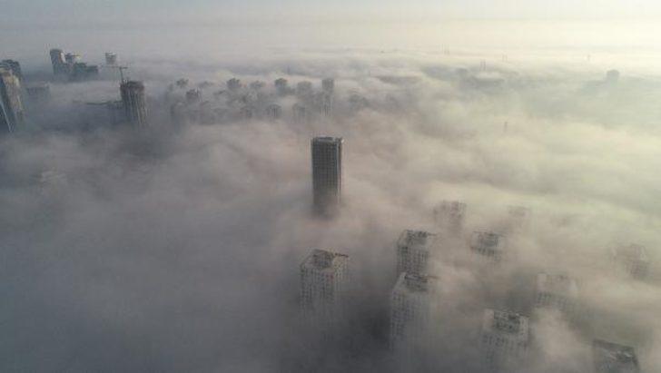 İstanbul'da sis etkili oldu! Kartpostallık görüntüler oluşturdu