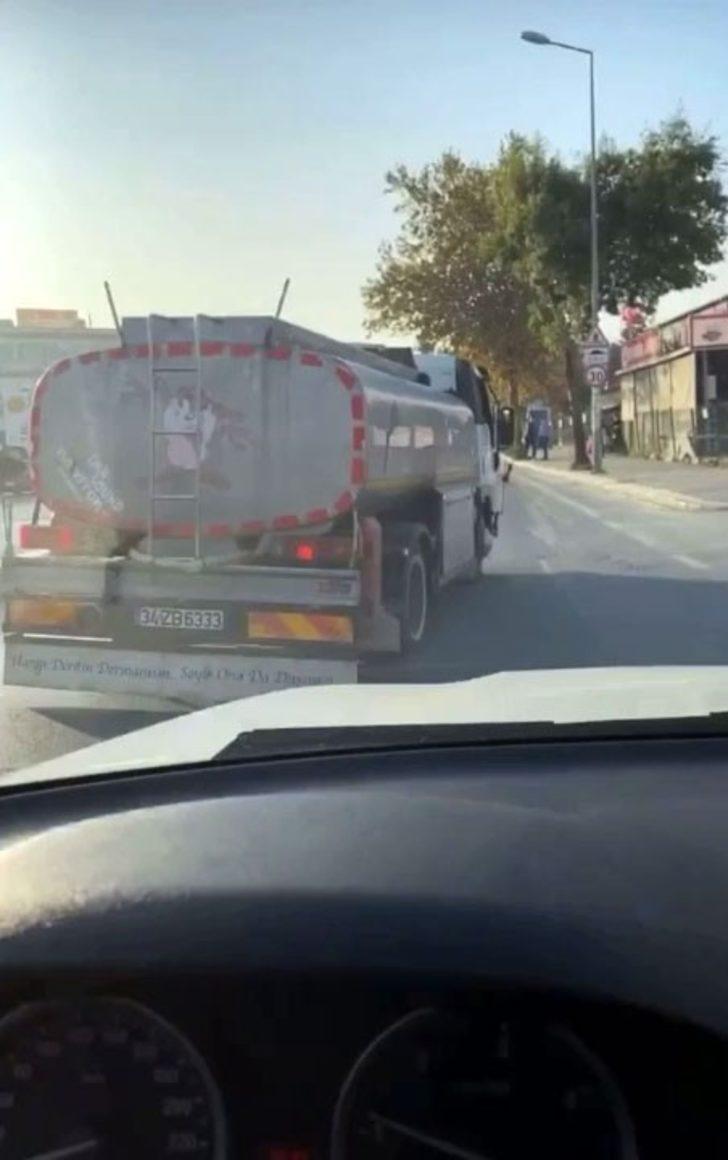 """(Özel) İstanbul trafiğinde """"pes"""" dedirten görüntü"""