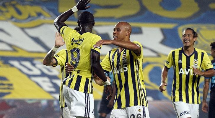 Fenerbahçe'de Valencia ve Cisse golle tanıştı