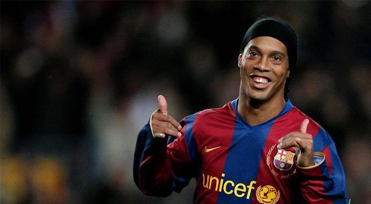 SON DAKİKA! Ronaldinho, koronavirüse yakalandı!
