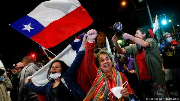 Şili'de sandıktan yeni anayasaya onay çıktı