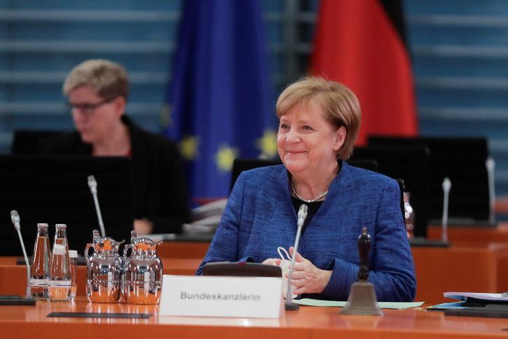 Almanya ikinci kez 'kapanıyor' mu?