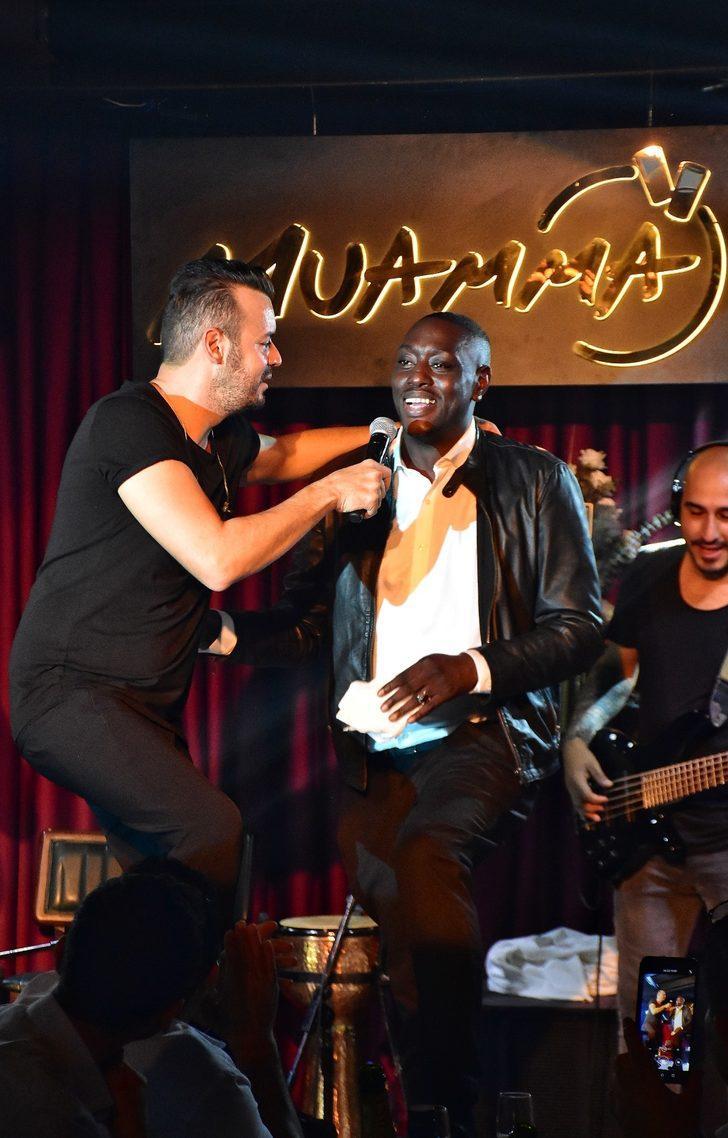 Deha Bilimlier Senegalli hayranıyla 'Diyarbekir Yolunda' dedi