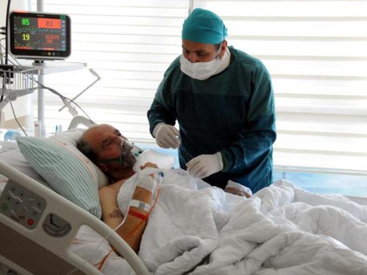 Acı olay! Hastaları arasında bulunan babasını koronavirüsten kaybetti