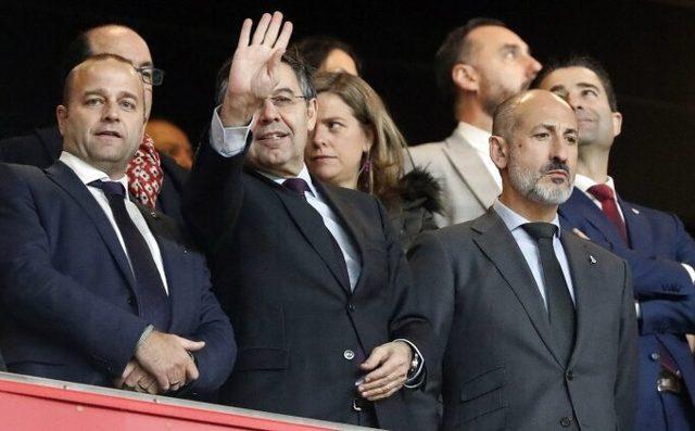 Messi kazandı! Barcelona'da başkan Bartomeu istifa etti!