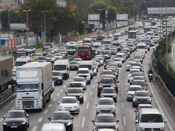 İstanbul'da tatil trafiği başladı!