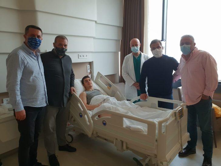 Bursasporlu orta saha oyuncusu ameliyat oldu