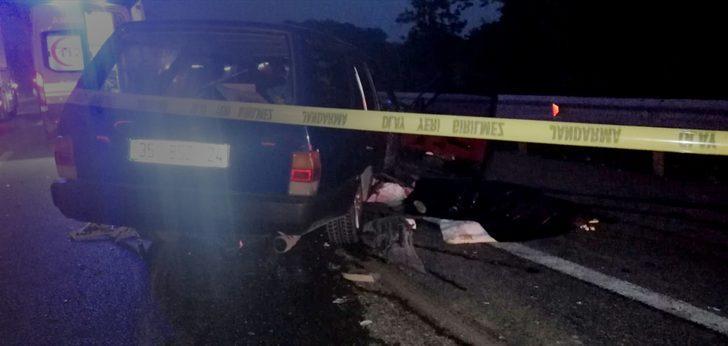 Bursa'da otomobil tıra arkadan çarptı: 1 ölü, 4 yaralı