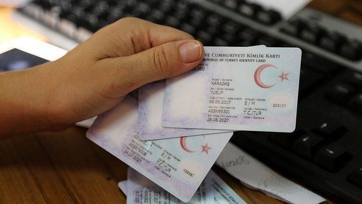 Sürücü belgeleri kimliklere entegre ediliyor! 'Hayat Kimliğinle Kolay' uygulamasına rekor başvuru