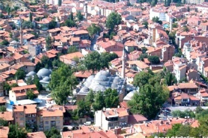 Emet'te ev ziyaretleri süresiz yasaklandı