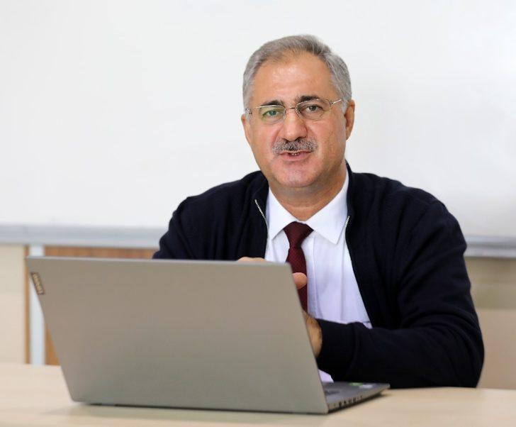 """GAÜN'de """"Demokratik Kazanımlar"""" konferansı"""