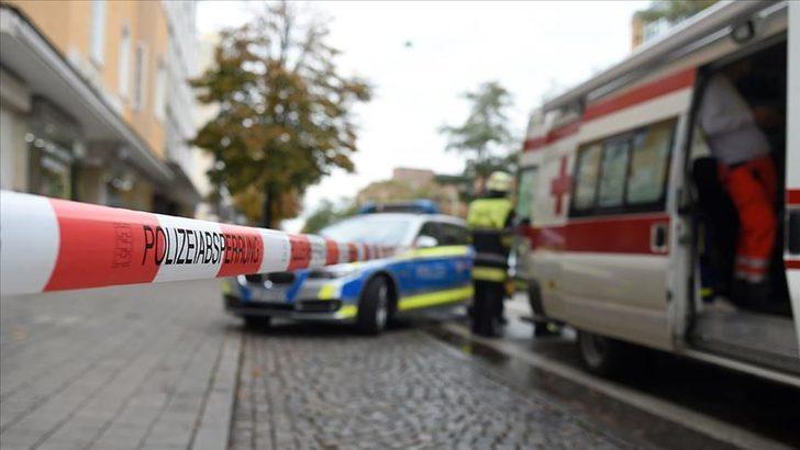 Almanya'da dehşet! Otomobil kalabalığa daldı: 1 ölü, 3 yaralı