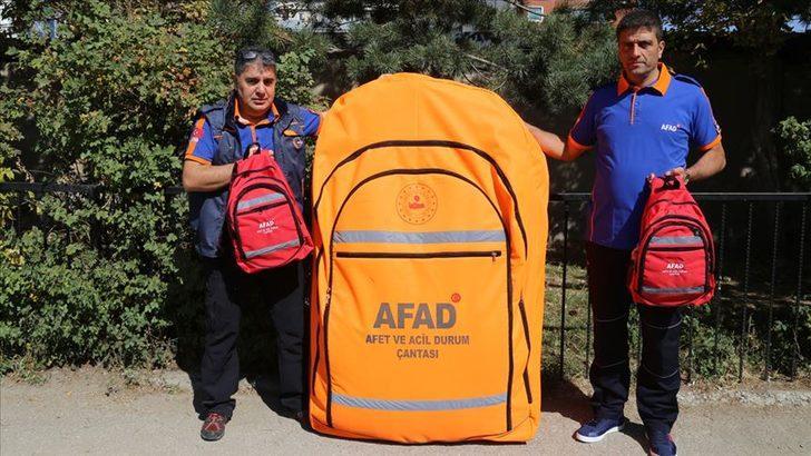 Deprem çantasında neler olmalı? İşte AFAD'ın paylaştığı deprem çantasında olması gerekenler