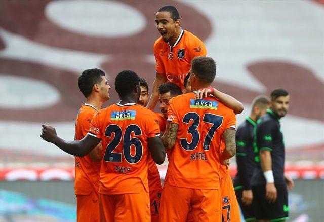Konyaspor 1-2 Başakşehir (Maç sonucu)
