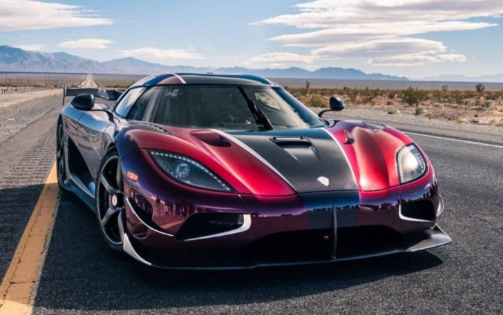 Koenigsegg'den dünyanın en hızlı otomobili için manidar paylaşım!