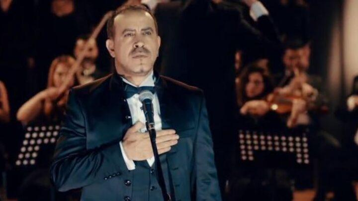 Haluk Levent - İzmir Marşı seslendirdi.