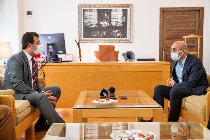 Ekrem İmamoğlu'ndan Tunç Soyer'e geçmiş olsun ziyareti