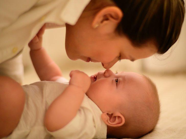 Yenidoğan bebeklerde sarılık hastalığı nasıl geçer?