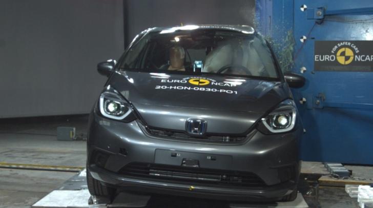 Honda Jazz e:HEV Euro NCAP çarpışma testinden 5 yıldız aldı