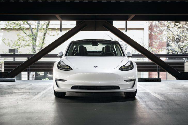 Otomobilseverleri üzen iddia: 35 bin dolara Tesla Model 3 satın alınamayacak!