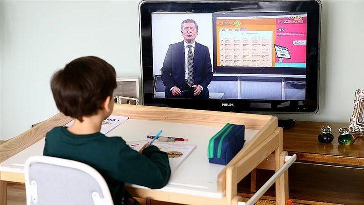 Milli Eğitim Bakanı Ziya Selçuk, uzaktan eğitim sürecinin detaylarını açıkladı