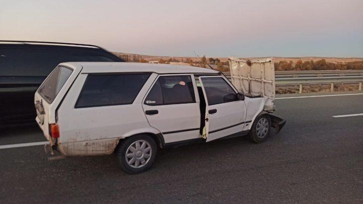 Kırıkkale'de feci kaza! Otomobilin kapısından yola savrulan kadın yaşamını yitirdi