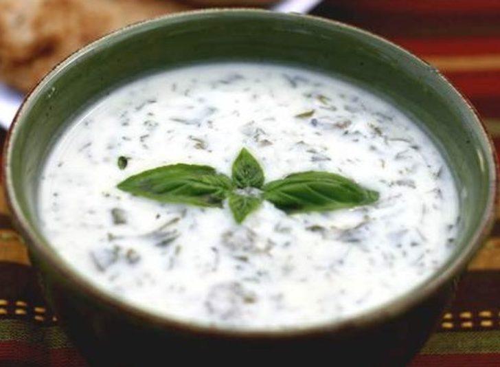 Dovga çorbası nasıl yapılır? Dovga çorbası tarifi nedir? İşte MasterChef Azerbaycan Dovga çorbası tarifi ve malzemeleri...