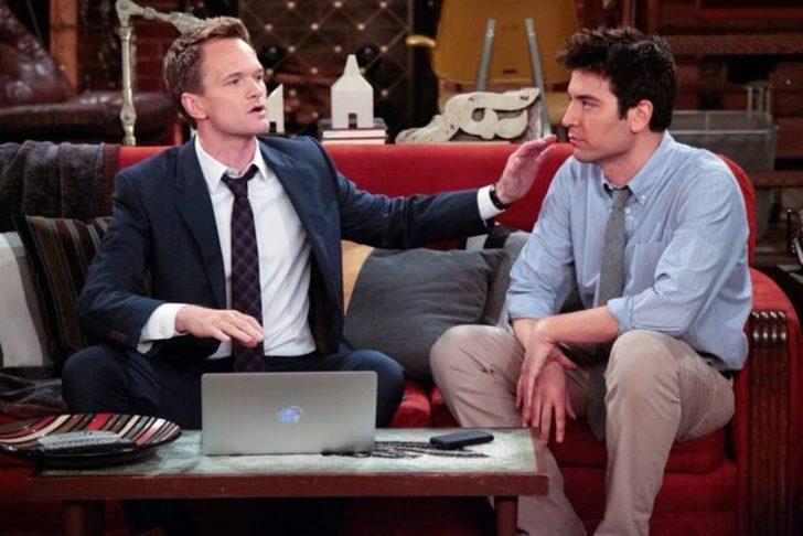 How I Met Your Mother'ın Barney'i geri döndü! Nicolas Cage'le bir arada...